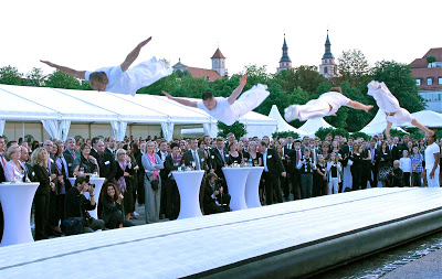 Flying Acrobats im Schlosspark Ludwigsburg