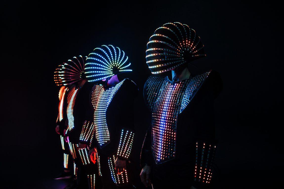IMPACTORS // PREMIUM LED-ACT